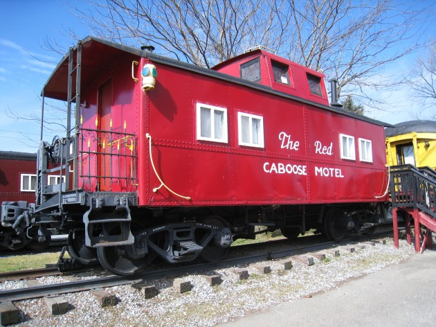 PA railroad hotel caboose